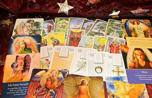 REIKI AND TAROT